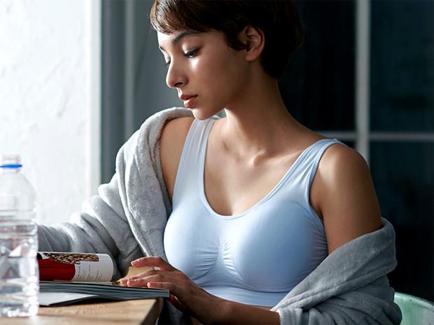 Viage(ヴィアージュ)ビューティアップナイトブラの効果|ノンワイヤーで睡眠中も下垂を防止
